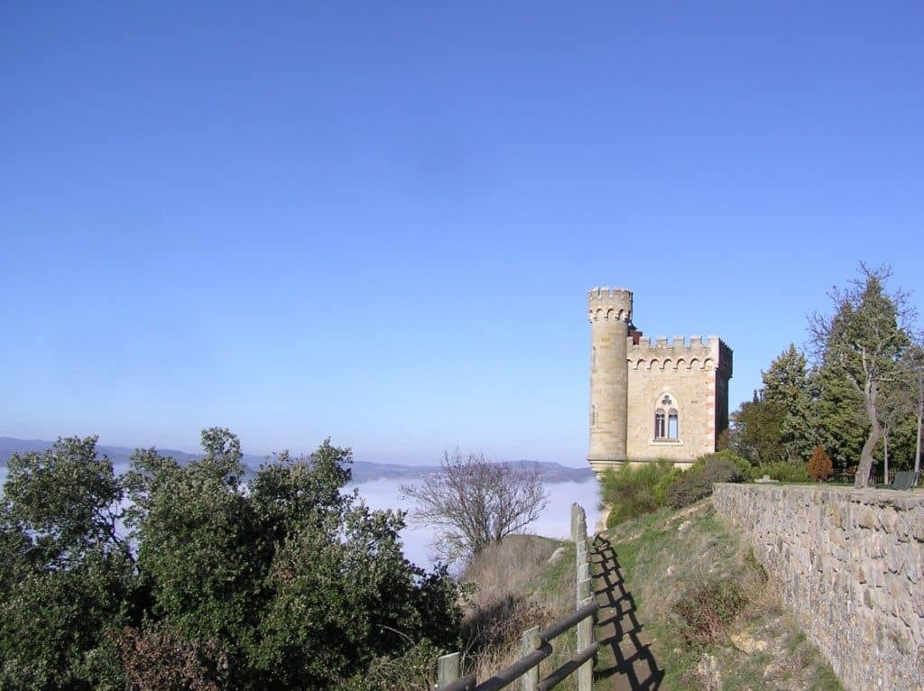 Rennes le Chateau tour Magdala