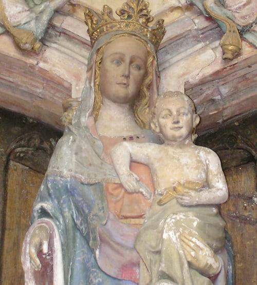 Maria bij de ingang NddM