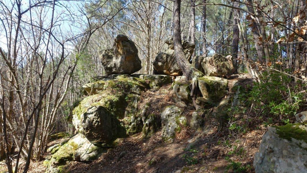 trillende rotsen - rennes les bains